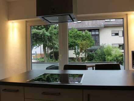 Schöne. stilvolle 4-Zimmer Wohnung in Leinfelden - teilmöbliert