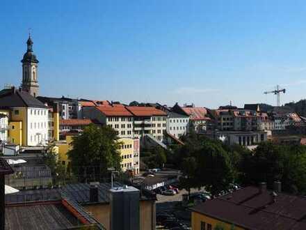 Zentrale Büro/Praxis/Gewerbeeinheit in Traunstein in attraktivem Wohn- und Geschäftshaus