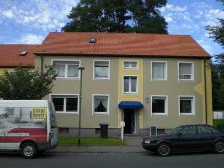 3,5-Zimmer Wohnung in ruhiger Lage mit Tageslichtbad und Balkon