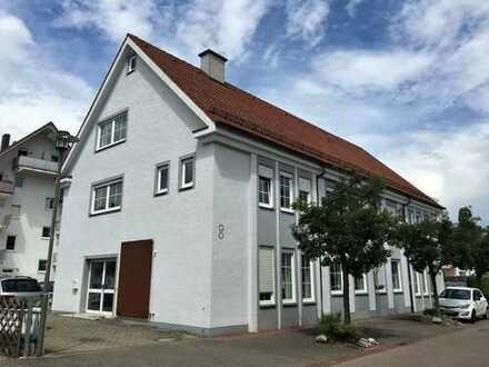 Großzügiges Wohn-u. Geschäftshaus vollständig renoviert, Lastenaufzug, möbliert u. voll unterkellert