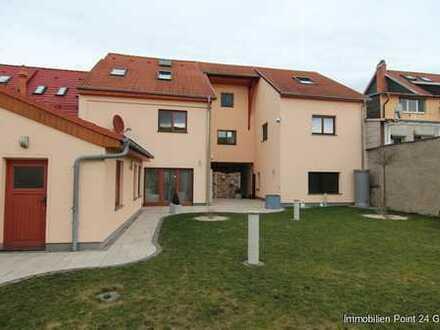 Großzügiges Einfamilienhaus mit zahlreichen Nutzungsmöglichkeiten in Stadtilm