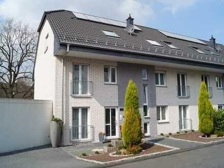Großzügige Neuwertige 4 Zimmer Wohnung in Rösrath Kleineichen