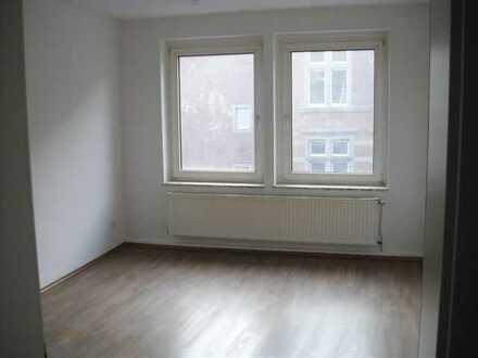 Neu renovierte 3 Zimmer-Wohnung im Herzen der Stadt!!!