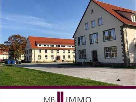 Helle und freundliche 4-Zimmer-Erdgeschosswohnung in saniertem Denkmalobjekt