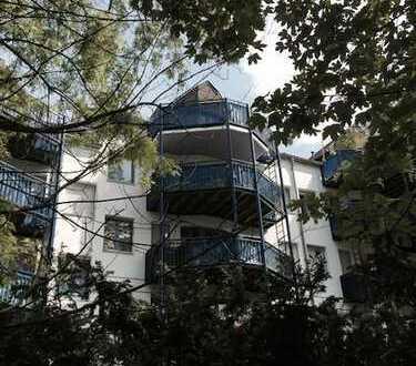 2,5 Zimmer Dachgeschoss-Wohnung mit Empore