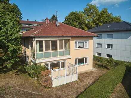 Sonniges, repräsentatives Einfamilienhaus mit mögl. Einliegerwohnung