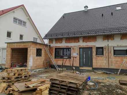 Erstbezug ! Neubau Doppelhaushälfte in Günzburger Stadtteil