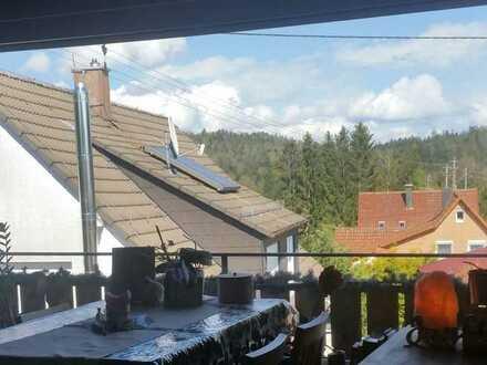3-Zimmer-Wohnung mit Balkon, Einbauküche, Keller und Stellplatz in Althütte in Rems-Murr-Kreis
