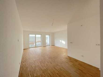 2 Zimmer Wohnung mit Tageslichtbad/ Gäste-WC/ Terrasse