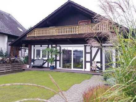 Gepflegte 1-Zimmer-Dachgeschosswohnung mit Balkon und EBK in Durmersheim