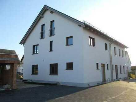 Ch.Schülke Immob.: Erstbezug ,wunderschöne 2-Zimmer-EG-Wohnung mit Garten