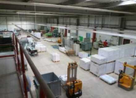 """BAUMÜLLER & CO."" - ca. 5.000 m² Hallenfläche - Rampe - Top Lage / Nähe A6"
