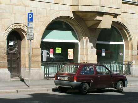 Werdau-Zentrum, gr. Laden/Lager/Werkstatt/Ausstellungsfläche