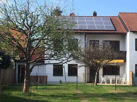 Schöne, großzügige Doppelhaushälfte in München-Solln