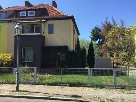 Doppelhaushälfte in ruhiger Lage - Makler-Alleinauftrag