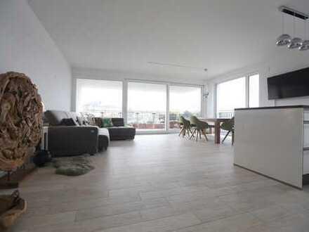 Exklusive, lichtdurchflutete 3-Zimmer-Wohnung in Offenbach, Hafeninsel, Terrasse direkt am Wasser