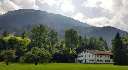 Idyllisch gelegenes Bauernhaus im Pfrontener Achtal