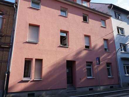 Mehrfamilienhaus in top Zustand in Mannheim / Kapitalanlage mit guter Rendite
