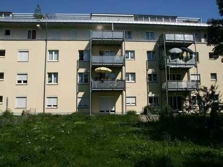 Zum sofortigen Eigenbezug! Stilvolle, moderne und helle 3-Zimmer mit Balkon sowie Bad mit Fenster