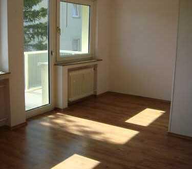 Gepflegte 2,5-Zimmer-Wohnung mit Balkon in Wuppertal-Stahlsberg