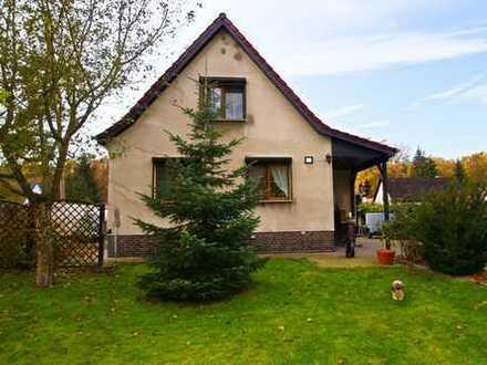 Hauptstadtmakler- Charmantes Haus mit Nebengebäude in Top Lage