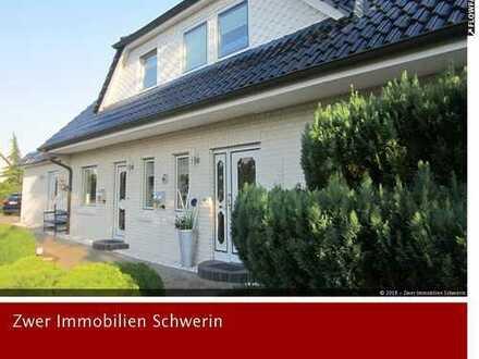DHH in Rosenhagen/Schwerin ab sofort an 1 bis 2 älteren Personen zu vermieten, keine Haustiere