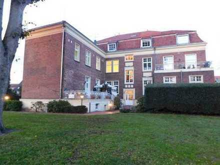 Stylische Wohnung in sanierter Denkmal-Villa, ca. 120 qm, jetzt neu zu vermieten