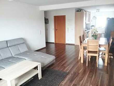 Helle drei Zimmer Wohnung in Karlsruhe, Grünwinkel