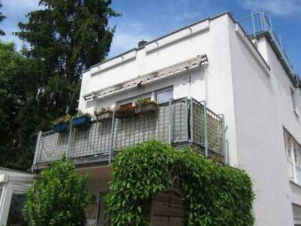 Im 4 Familienhaus wunderschöne 4 ZKB,GWC,Einbauküche,Balkon, Mainz-Finthen