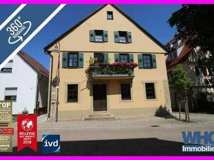 Denkmalgeschütztes 4-5-Familienhaus mit Doppelgarage, Balkon und Gewölbekeller