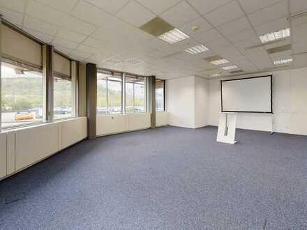 Große, moderne und helle Büroräume in zentraler Lage in Mosbach Neckarelz zu vermieten.