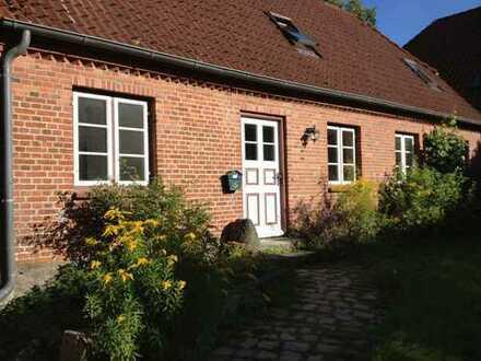 Schönes freistehendes Haus mit Garten auf Gut Hohenstein