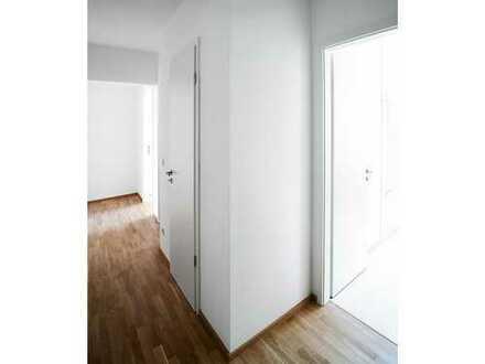 Komfortable 3-Zimmer-Wohnung mit Bad Ensuite und Loggia in Südausrichtung mitten in Dresden