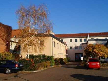 TOP: Super 4-Raumwohnung mit Gemeinschaftsgarten mitten in Genthin
