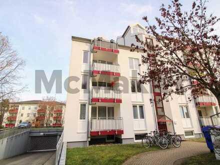 Im Speckgürtel Berlins: Vermietete, gepflegte 2-Zimmer-Wohnung mit Balkon und Pkw-Stellplatz