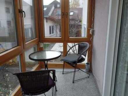Haus-in-Hausgefühl, die etwas andere 4-Zi Wohnung mit kl. Wintergarten in Uffenheim