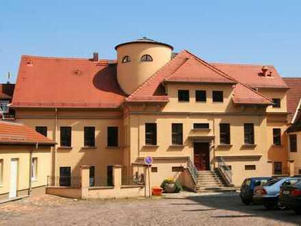 Im Herzen von Altenburg - Helle 2-Raumwohnung im sanierten Altbau