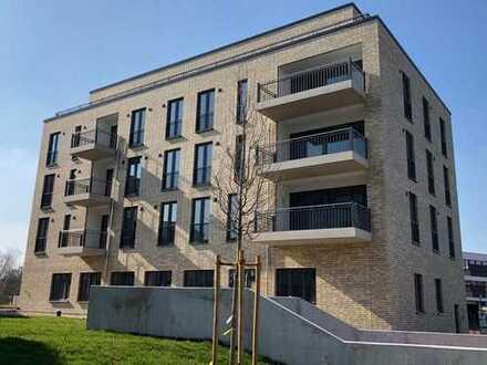 Erstbezug mit Einbauküche und Balkon: stilvolle 3-Zimmer-Wohnung in Hannover (Kreis) Langenhagen