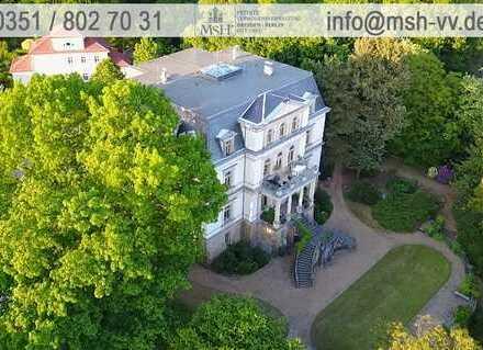 Residieren im königlichen Areal Dresden-Wachwitz, exklusive 4 Zimmer-Maisonette-Wohnung mit Balkon