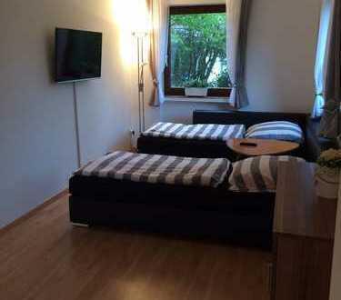 650 € warm, 48 m², 1 Zimmer, voll möbliert