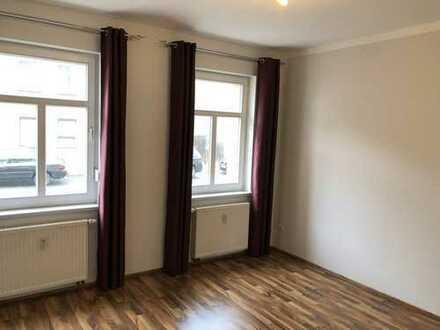 Vollständig renovierte 2-Zimmer-Wohnung mit EBK in Bad Schmiedeberg