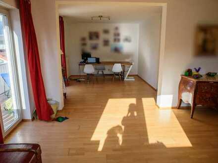 Schöne 3,5-Zimmer-Wohnung mit Balkon in Karlstein am Main