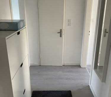 740 €, 57 m², 2 Zimmer