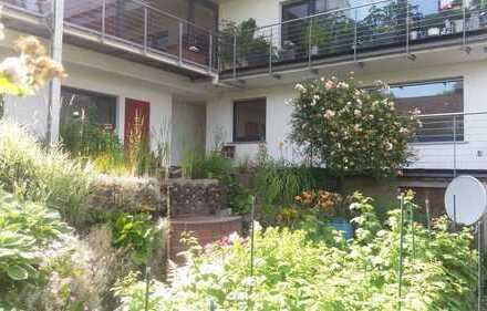 Schöne 3 Zimmer Wohnung mit Terrasse in ruhiger Wohnlage