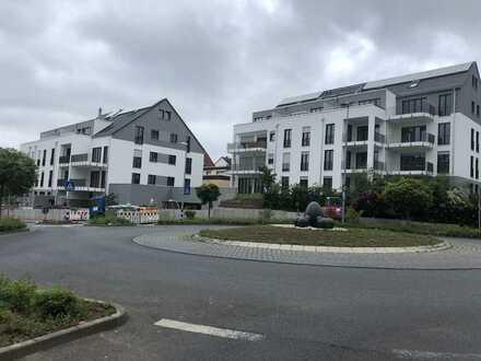 Stilvolle, neuwertige 3-Zimmer-Wohnung mit Balkon und Einbauküche in Eschborn