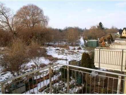Vollständig renovierte 4-Zimmer-Wohnung mit 2 Balkonen und Stellplatz in Eberswalde