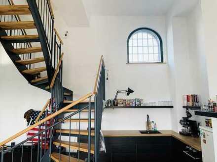 Exklusive 3-Zimmer-Penthouse-Wohnung mit 51qm Dachterasse und EBK in Eilenburg