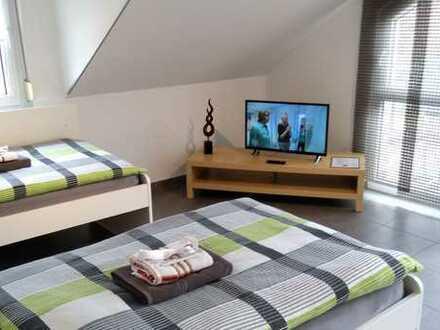 möblierte 2-Zimmerwohnung mit Wlan, TV, Küche, Du/Wc, Waschmaschine und Dachterrasse