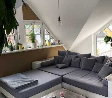 Ideal für Dachgeschoss-Fans! 2-ZKB mit Dachterrasse in Taunusstein-Hahn!