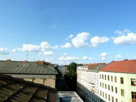 Dachgeschosswohnung im Bergmannkiez mit Südterrasse - BEZUGSFREI!